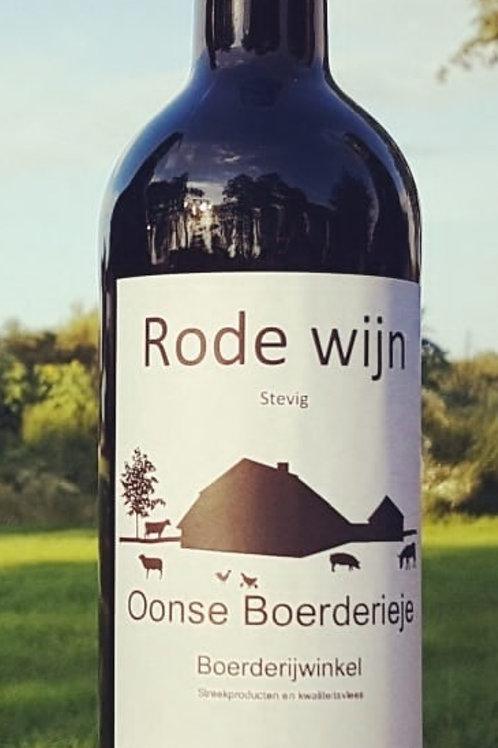 Rode wijn Oonse Boerderieje