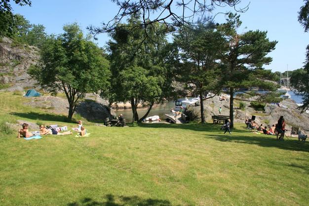 Olavssundet byr på flotte friområder og badestrender