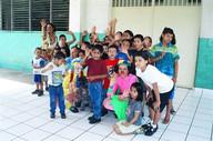 El Salvador - Bunky, Nuula with children