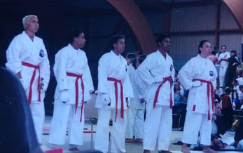 WOMENS KARATE TEAM