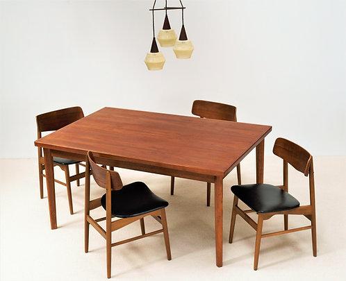 Table de salle à manger Henning Kjaernulf en Teck