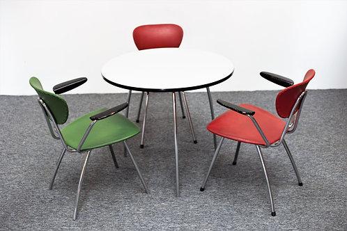 Ensemble table et chaises Maüser