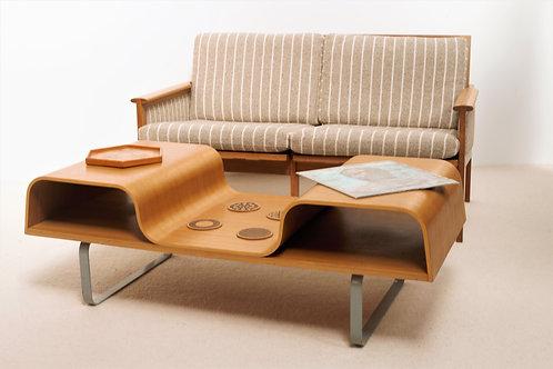 Sofa du designer Illum Wikkelso en Chêne