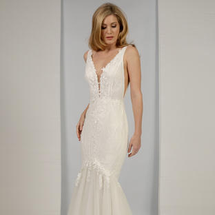 Anastasia by Nieve Couture at Lief Bridal