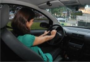 Mulheres são as que mais sofrem com o medo de dirigir