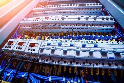Impianti-Elettrici-Civili-E-Industriali-
