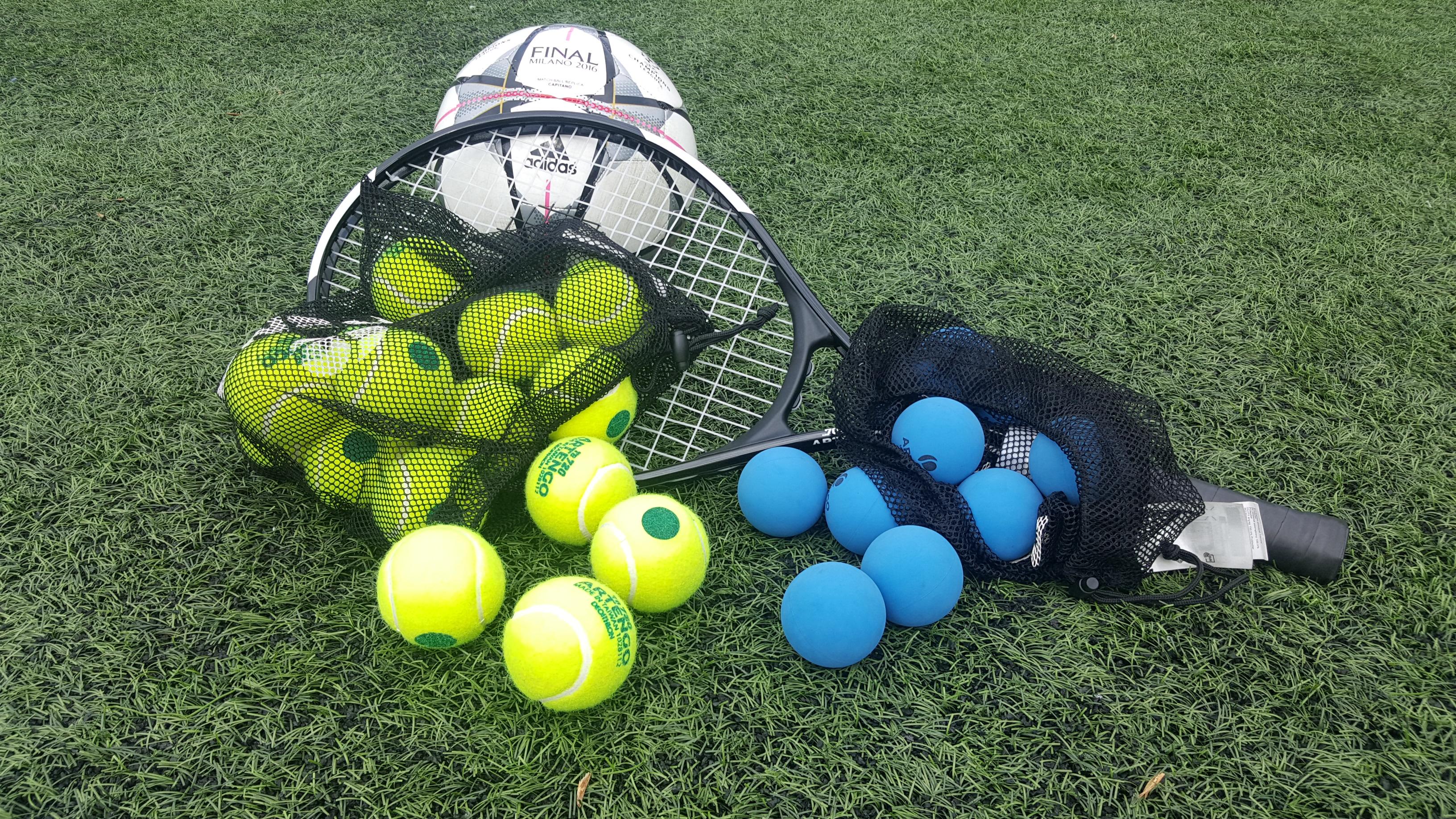 Racheta Tenis si mingi pentru reflex