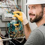 Voice-Link-Service-Electricians-2.jpg