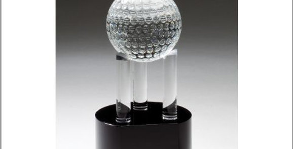 Crystal GOLF BALL ON 3 PILLARS