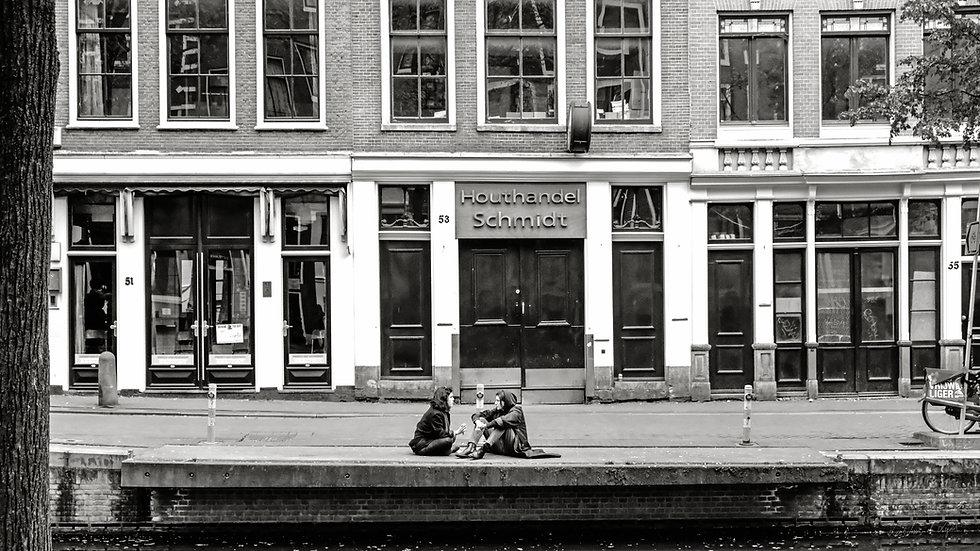 Bord de canal Amsterdam.jpg