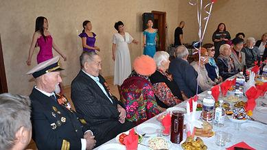 Поздравление ветеранов, тружеников тыла с праздником Победы