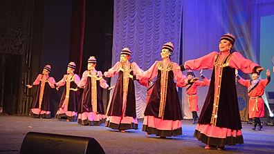 Степные напевы в праздник белого месяца в Иркутске