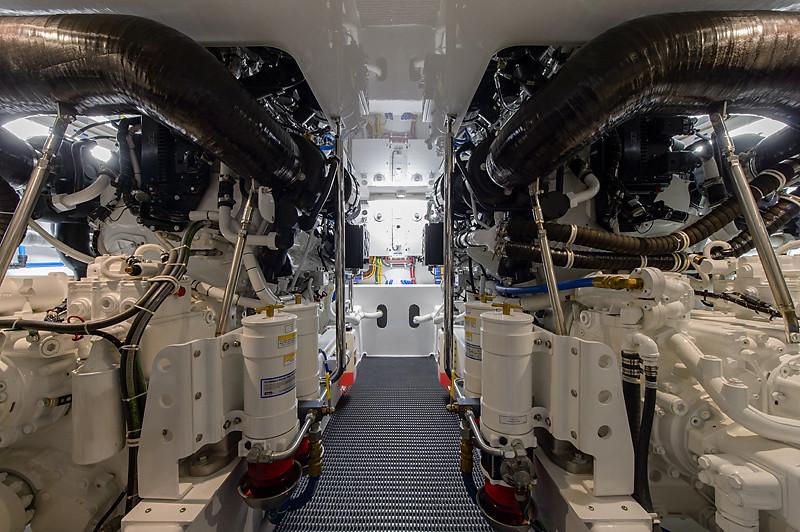 54-511-engine_room-1-L.jpg
