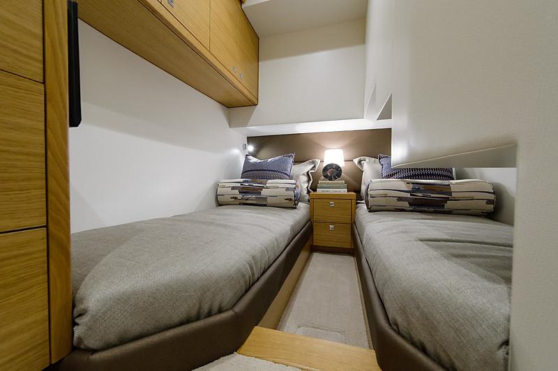 54-511-guest_stateroom-2-L.jpg
