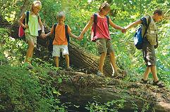 outdoor-adventure-kids-hiking-log-backpa