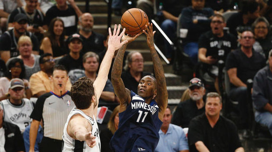 Timberwolves guard Jamal Crawford should be considered for the Hall of Fame