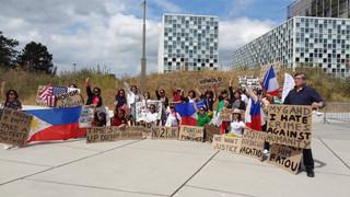 European Filipinos rally at ICC