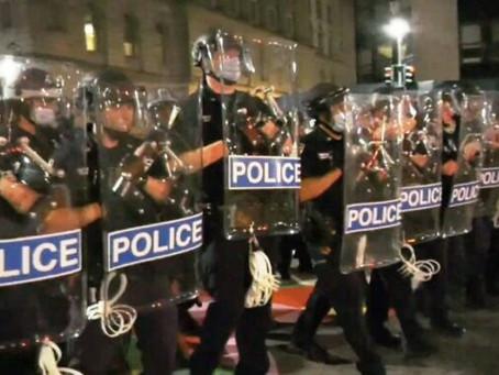 """Полиция Нью-Йорка ликвидировала лагерь протестующих """"Occupy City Hall"""""""