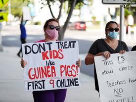 Школы Флориды боятся лишиться денег из-за несоблюдения запрета губернатора на ношение масок