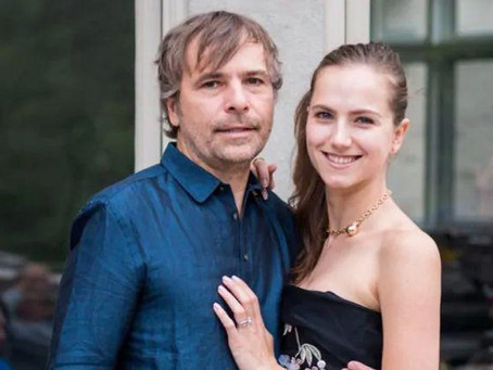 Миллионер и его русская жена выдали себя за индейцев, чтобы получить вакцину вне очереди