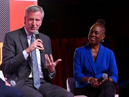 Мэр Нью-Йорка и его жена анонсировали план отправки на некоторые вызовы психиатров вместо полиции