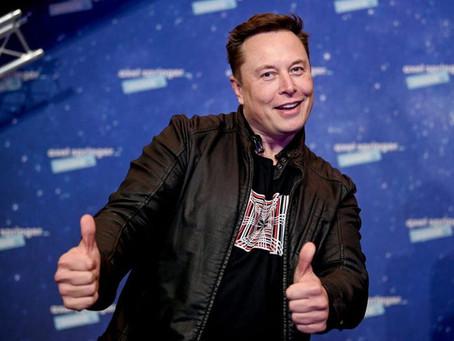 Илон Маск провозгласил себя Технокоролём, а финансового директора Tesla - мастером над монетой