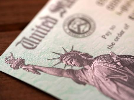Кому и когда ждать третий чек от государства?