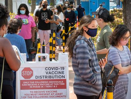 Молодежь будут поощрять деньгами за прохождение вакцинации от коронавируса
