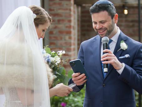Пара из Сан-Франциско обменялась на свадьбе NFT-токенами вместо обручальных колец