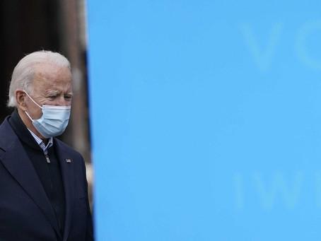 Джо Байден публично получит вакцину от коронавируса