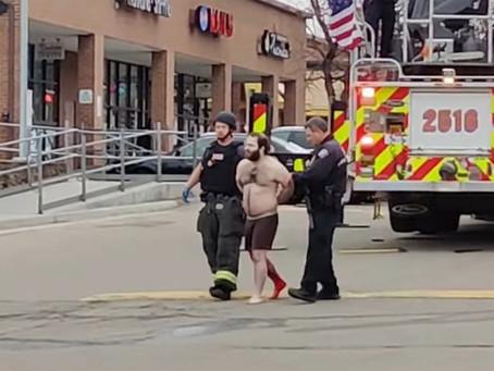 10 человек были застрелены в продуктовом магазине Колорадо