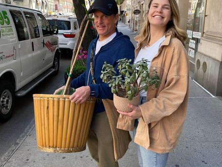 Жительнице Нью-Йорка случайно помог с переездом звезда Голливуда Вуди Харрельсон