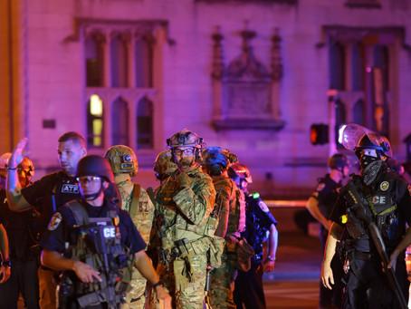 Двое полицейских ранены во время протестов из-за приговора по делу Бреонны Тейлор