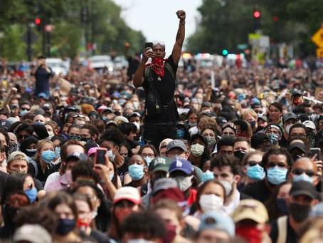 Три четверти американцев считают, что в случае победы Трампа в стране начнутся массовые протесты