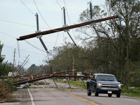 «Лаура» стал одним из самых разрушительных ураганов США