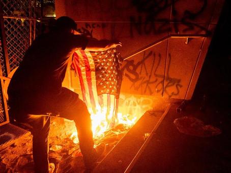 Действия федеральных чиновников в Портленде обострили ситуацию с протестами