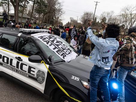 В Миннесоте проходят протесты из-за убийства полицейскими афроамериканца