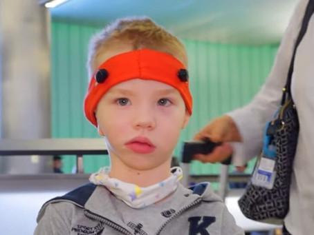 Мальчику из Читы с редкой патологией (он родился без ушей) решились помочь калифорнийские врачи