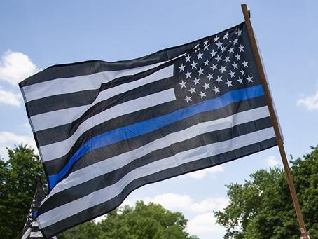 Бизнесмены из Пенсильвании запустили кампанию «Back to Blue» в поддержку полиции