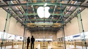 Apple планирует отменить масочный режим в магазинах США для вакцинированных клиентов