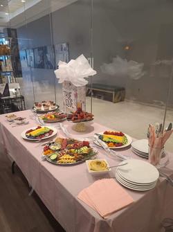 Bachelrette - table