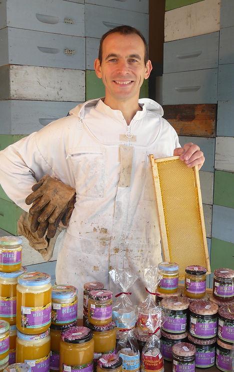 bessonnet-sebastien-apiculteur-2015-miel