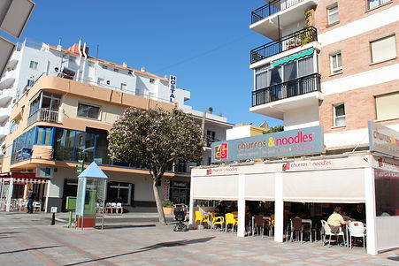 Hostal Nevada is located in Los Boliches centre, Fuengirola, opposite Churros & Noodels bar. Only 200 meters from Los Boliches train station and 350 meter from the sea. Welcome to sunny Spain