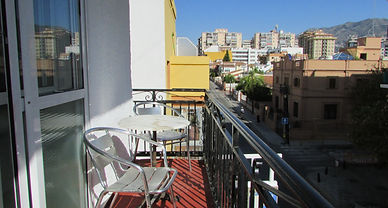 Hostal Fuengirola offers also balcony rooms