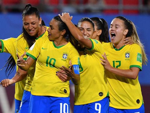 Fifa mantém investimento de 1 bilhão de dólares no futebol feminino