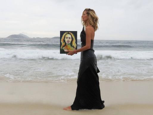 """""""Letrux aos Prantos"""" é o novo álbum da cantora carioca Letrux"""