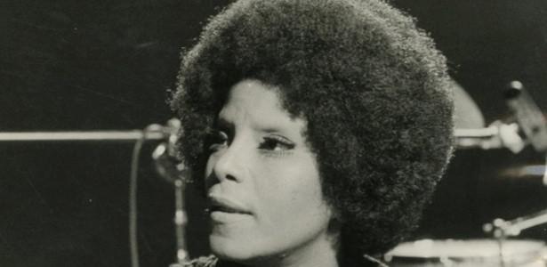 Elza Soares jovem.