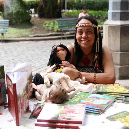 """Aline Rochedo é fundadora da Pachamama Editora, com os livros """"Guerreiras"""" e """"Taynôh""""."""