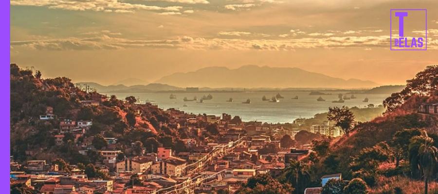 Vista de São Gonçalo em direção à Baía de Guanabara │ Foto: @rafacorreafoto