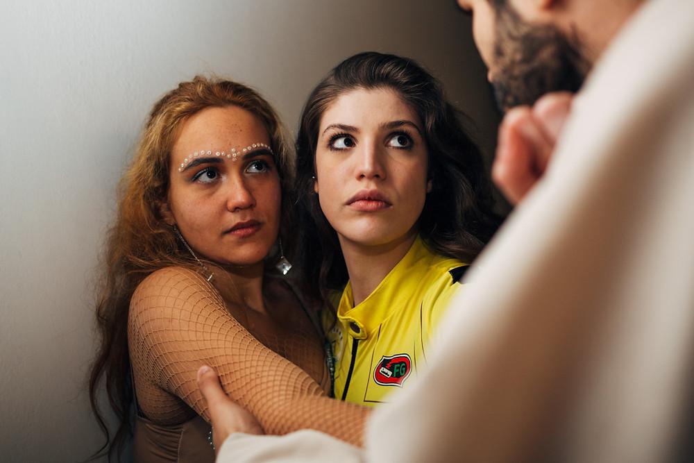 Descontrole Público é uma peça que une o universo e interatividade ao mundo teatral